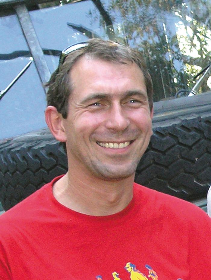 <b>Antoine SANDRA</b> , alias 'landyman', sera l'informaticien, il va créer et ... - landyman_portrait